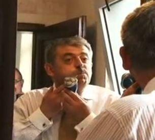 Uioreanu si-a ras mustata, la televizor, dupa un pariu cu Ponta