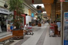 Ultimele ore de shopping - ce program au mall-urile, supermarketurile si bancile de Revelion
