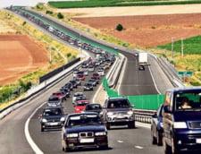 Ultimul weekend de vara: Trafic infernal pe Autostrada Soarelui, pe sensul spre litoral. Doua accidente au avut loc sambata dimineata