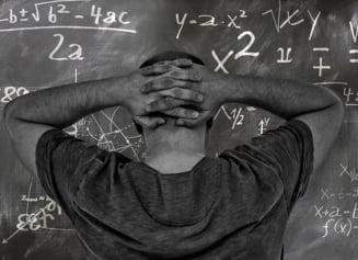 Ultrajul la profesori: Ce risca parintii sau elevii care agreseaza cadrele didactice, potrivit noii legi adoptate de Parlament