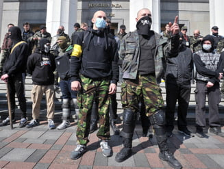 Ultranationalistii ucraineni blocheaza benzinariile Lukoil