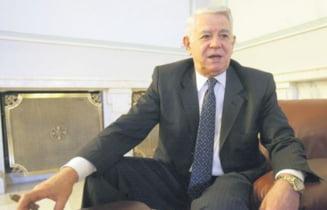 Umbra lui Teodor Melescanu la Congresul PNL