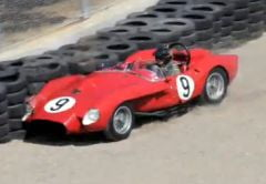 Un Ferrari de colectie, distrus pe circuitul Laguna Seca (Video)
