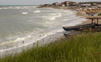 Un ONG face topul plajelor de la Marea Neagra: Cele mai murdare au fost Navodari si Mamaia Nord, cele mai curate - Vama Veche si Corbu