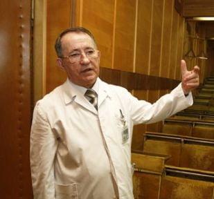 Un academician acuzat de plagiat, numit de Nicolaescu sef la Comisia pentru reforma in Sanatate