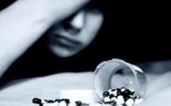Un adolescent a vrut sa-si ia viata cu un cocktail periculos: alcool si 50 de pastile