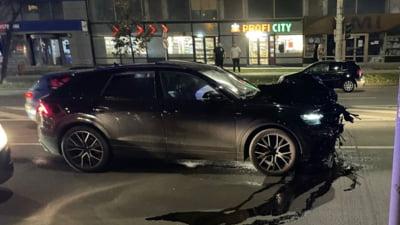 Un adolescent de bani gata a spulberat un om pe trecerea de pietoni în centrul Iașiului. Martorii spun că bolidul Audi pe care-l conducea avea cel puțin 150 de kilometri/ oră