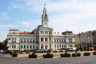 Un an, 43 de angajati in plus la Primaria Arad