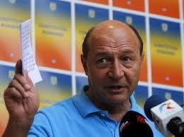 Un an de la a doua suspendare a lui Basescu - Filmul evenimentelor