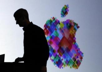 Un an de la moartea lui Steve Jobs - Apple, mai puternica decat oricand (Video)