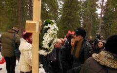Un an de la tragedia aviatica din Apuseni, marcat la locul accidentului