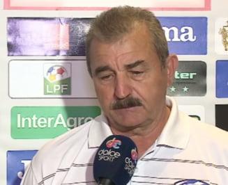 Un antrenor din Liga 1 isi face praf jucatorii: Mi-ar fi rusine sa ma prezint ca ei, au patat culorile clubului