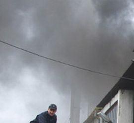 Un apartament din Brasov a fost mistuit de un incendiu puternic