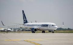 Un avion Tarom de pe ruta Bucuresti-Amsterdam a fost intors din drum. S-a fisurat un geam exterior