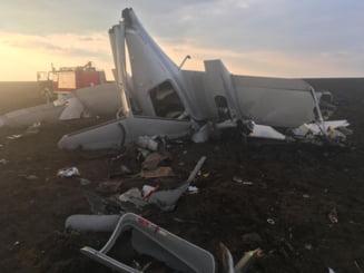 Un avion a aterizat fortat la Tuzla. Copilotul a murit UPDATE