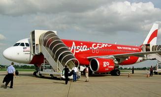 Un avion al companiei AirAsia s-a intors la Bangkok din cauza unui zgomot suspect