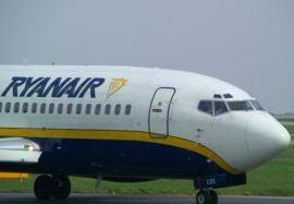 Un avion al companiei Ryanair a aterizat de urgenta la Roma