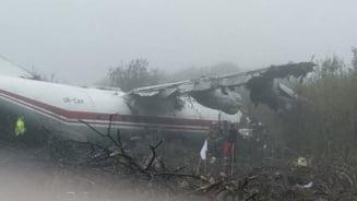 Un avion cargo a aterizat de urgenta in Ucraina: Cel putin 5 persoane au murit