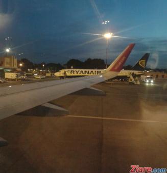 Un avion cu 173 de pasageri s-a intors de urgenta la Bucuresti: Ar fi lovit cu coada pista la decolare