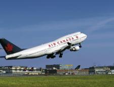 Un avion cu 334 de oameni la bord a aterizat de urgenta