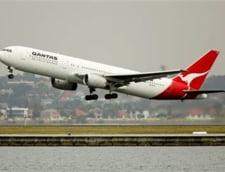 Un avion de pasageri a aterizat de urgenta in SUA, dupa ce unul dintre motoare a explodat