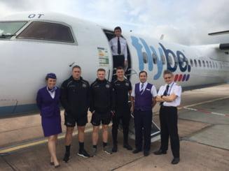 Un avion de pasageri a aterizat fortat la Belfast. Nu avea trenul de rulaj