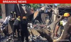 Un avion mic s-a prabusit peste o casa din Manila: o familie intreaga, care se afla in locuinta, a fost ucisa