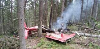 Un avion pilotat de straini s-a prabusit in Harghita. Imagini de la locul accidentului