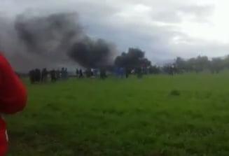 Un avion s-a prabusit in Algeria. Cel putin 257 de oameni au murit UPDATE