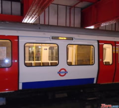 Un barbat a fost arestat la Londra dupa ce a ucis un tanar la o statie de metrou