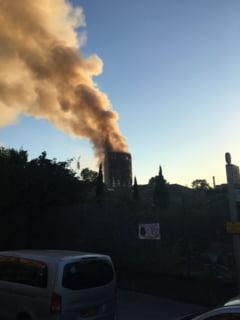 Un barbat a fost salvat din flacari la 12 ore dupa izbucnirea incendiului din blocul-turn de la Londra