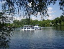 Un barbat a murit inecat in lacul Herastrau din Capitala
