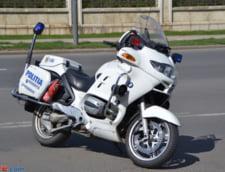 Un barbat care conducea fara permis a incercat sa scape inot de Politie