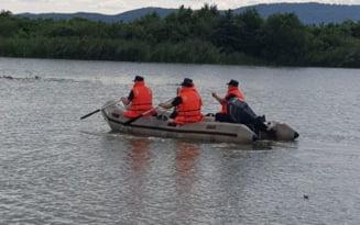 Un barbat dat disparut in zona barajului Dridu, cautat de doua zile de salvatori