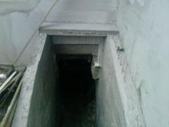 Un barbat din Iasi a ramas blocat intr-un beci, dupa ce a cazut pe scari. Acesta a fost transportat in stare grava la spital