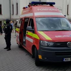 Un barbat s-a urcat pe Tribunalul din Brasov si a amenintat ca se arunca daca nu vorbeste cu Iohannis