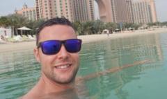 Un britanic a fost arestat in Dubai, dupa ce a atins din greseala soldul altui barbat