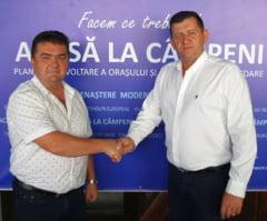 Un candidat Pro Romania la primarie se retrage si cere alegatorilor sa voteze omul PNL. Orasul din Apuseni cu cea mai dura batalie electorala din Alba