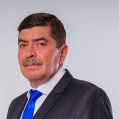 Un candidat la presedintia Consiliului Judetean Dolj a murit in fata colegilor sai, la cateva minute dupa ce tinuse un discurs electoral
