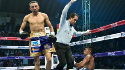 Un cunoscut boxer mexican este in coma dupa un KO napraznic (Video)