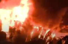Un cunoscut club din Mamaia s-a facut scrum in urma unui incendiu puternic (Video)