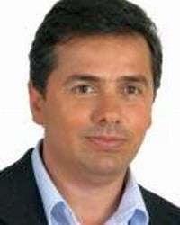 Un deputat PD nu a fost lasat sa intre in consulatul roman din R. Moldova