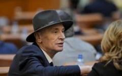 Un deputat PNL din Alba, grav bolnav si foarte slabit, a mers sa voteze la motiunea de cenzura
