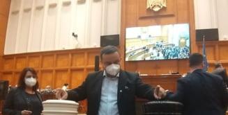 """Un deputat USR, despre motiunea impotriva ministrului Sanatatii: """"Continutul ei este aberant. Nu va trece"""""""