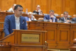 Un deputat USR acuza PSD si UDMR de blat: Au refuzat sa intrebe SRI despre echipamentele medicale si organizatiile extremiste