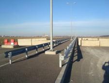 Un deputat USR le arata lui Grindeanu si Firea cum pot taia o panglica de autostrada