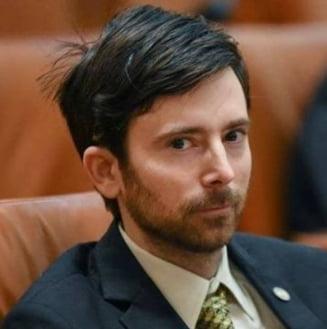 Un deputat demisioneaza din USR si sustine referendumul
