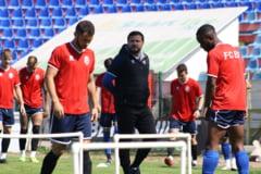 Un dinamovist, un jucator de la FC Viitorul si un fotbalist din play-out sunt doriti la Botosani. Ei sunt tintele lui Croitoru pentru Europa League