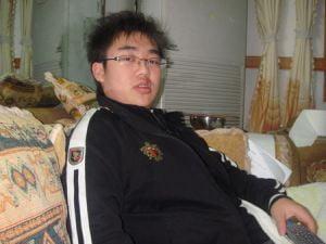 Un elev chinez, dependent de Internet, a fost ucis in bataie de profesori