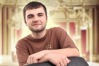 Un elev din Ramnicu Valcea, geniu al informaticii, vrea sa faca o masina pentru nevazatori